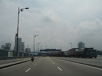 Johor–Singapore Causeway - The same causeway facing towards Johor Bahru.