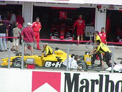 Jordan pushed in pits at the 2003 Hungarian Grand Prix.jpg