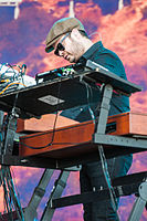 Kaiser Chiefs-Rock im Park 2014 by 2eight 3SC9202.jpg