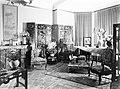Kamer in de woning van de Belgische consul Van haute in Amsterdam met kamerscher, Bestanddeelnr 190-0241.jpg
