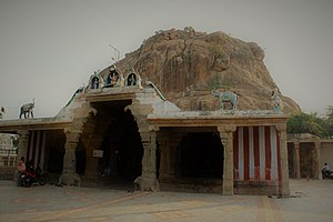 Kalugumalai Jain Beds - Vettuvan Koil and Kalugasalamoorthy Temple, both located in Kalugumalai, in the same hill