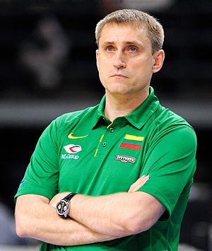 Kęstutis Kemzūra - Kęstutis Kemzūra as Lithuania basketball team coach