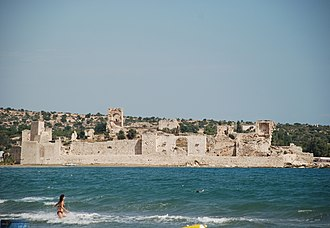 Concentric castle - The Byzantine castle of Korykos from the sea c.11th cent. AD. It featured fully concentric features a century before the first examples of concentric fortifications were seen in the West.