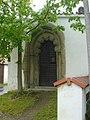 Kloster Nepomuk, romanisch-gotisches Portal.jpg