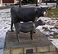 Kuh und Kalbchen - Eberhard Szejstecki - 2003 01.jpg