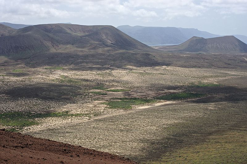 File:La Graciosa View from Montaña Bermeja.jpg