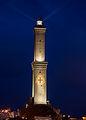 La Lanterna di Genova alla sera.jpg