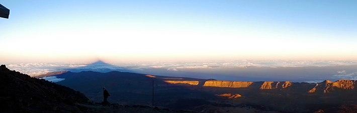 La sombra del Teide.jpg