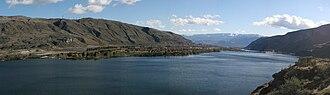 Lake Entiat - Image: Lake entiat pano