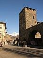 Lavori 2012 a porta pretoriana Aosta 04.jpg