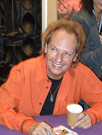 lee ritenour signing autographs in Hong Kong, ...