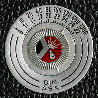Leica M3 - Film type indicator on the rear of the body