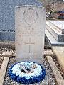 Les Ormes-FR-89-cimetière-sépulture Jimmy Hall-02.jpg