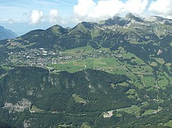 Leysin from Le Chamossaire.JPG