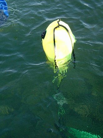 Underwater search and recovery - A 20 litre/0.8 cubic foot lifting bag