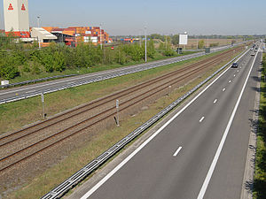 Transport in Belgium - The A12 with a railway in the centre.