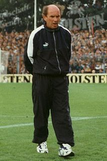 Johannes Linßen German football player and manager