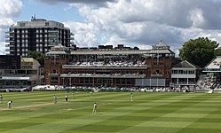 Pavillon des Lords-Cricket Ground-06-08-2017.jpg