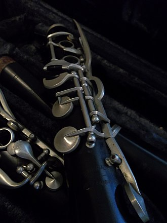 Buescher Band Instrument Company - Image: Lower Section