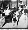 Major Tucky and Nurses; Boer War Wellcome L0024967.jpg