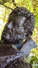 Bust of Manolo Avello