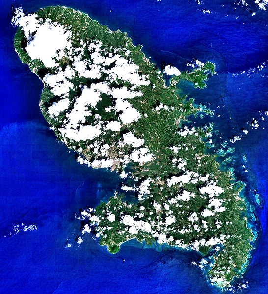 File:Martinique 14.6346N 61.0051W Landsat7.jpg