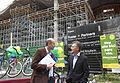 Mauricio Macri aisitió al lanzamiento de créditos del Banco Ciudad para comprar bicicletas (8103681629).jpg
