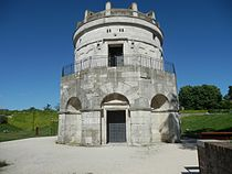 Mausoleum of Theoderic.JPG
