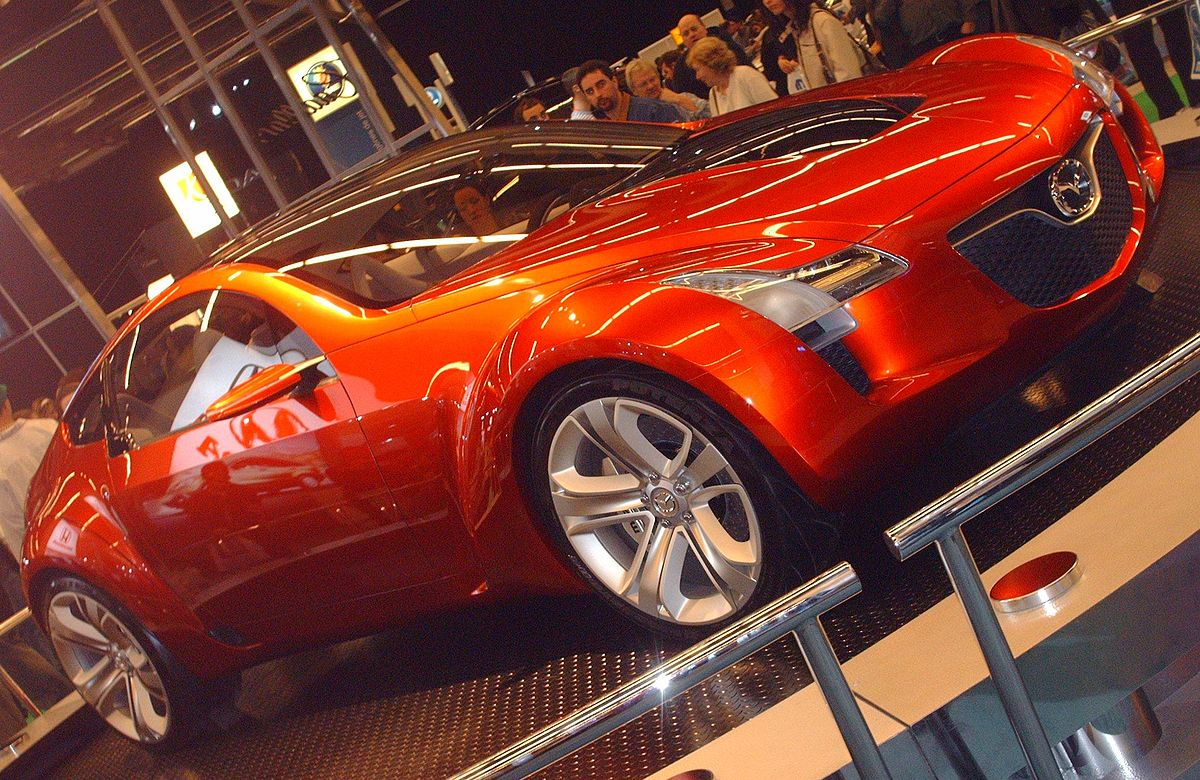 https://upload.wikimedia.org/wikipedia/commons/thumb/7/77/Mazda_Kabura_Concept.jpg/1200px-Mazda_Kabura_Concept.jpg