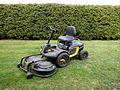 McCulloch M125-97FH lawn mower.jpg