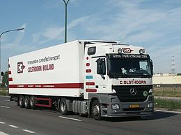 Mercedes Actros ITOY 2004.jpg
