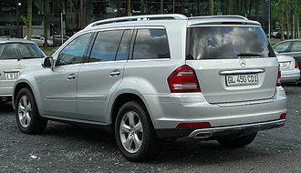 Mercedes GL 450 CDI 4MATIC (X164) Facelift rear 20100926.jpg