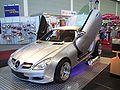 Mercedes SLK (R171) mit Scherentüren.jpg