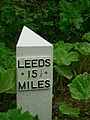 Milepost, Leeds and Liverpool Canal (1) - geograph.org.uk - 1344481.jpg