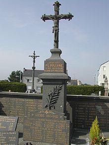 220px-Monument_aux_morts_-_Plouzan%C3%A9-29 dans Luraghi