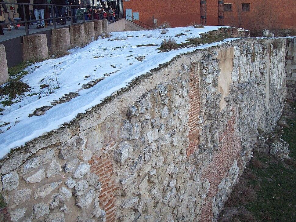 Muralla árabe de Madrid 02