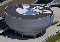Museo BMW, Múnich, Alemania 2012-04-28, DD 01.JPG