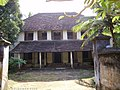 Neyyor Elamkom Taravadu of Diwan Narayana Pillai - panoramio.jpg