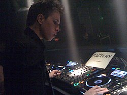 Nicky Romero at Factory Cleanhoven.jpg