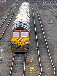 No.66010 (Class 66) (6898890423).jpg