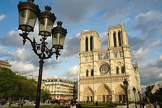 Tourism in Paris - Notre-Dame de Paris