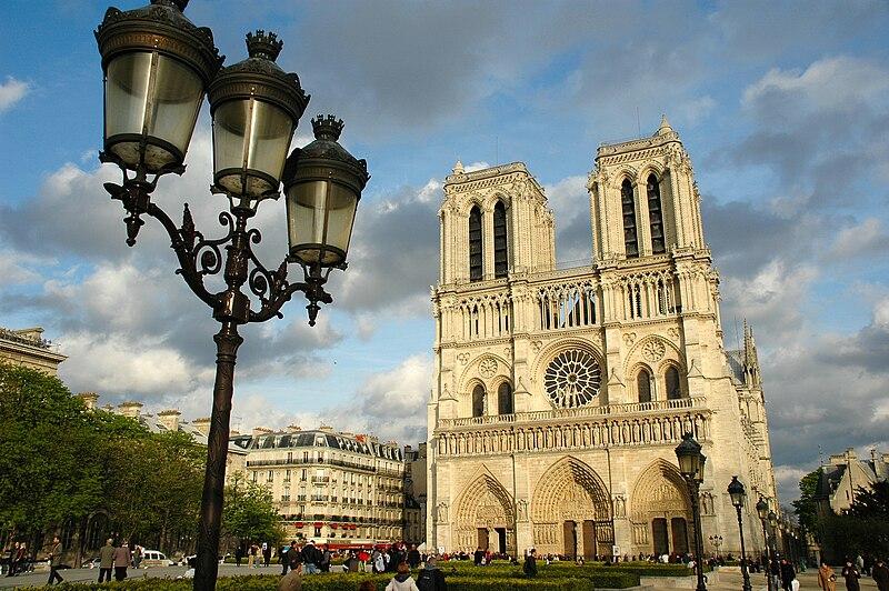 Ficheiro:Notre Dame de Paris.JPG