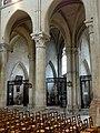 Noyon (60), cathédrale Notre-Dame, nef, 7e et 8e grande arcade du nord, vue sur le chapelles du bas-côté 2.jpg
