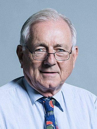 Peter Bottomley - Image: Official portrait of Sir Peter Bottomley 1 2