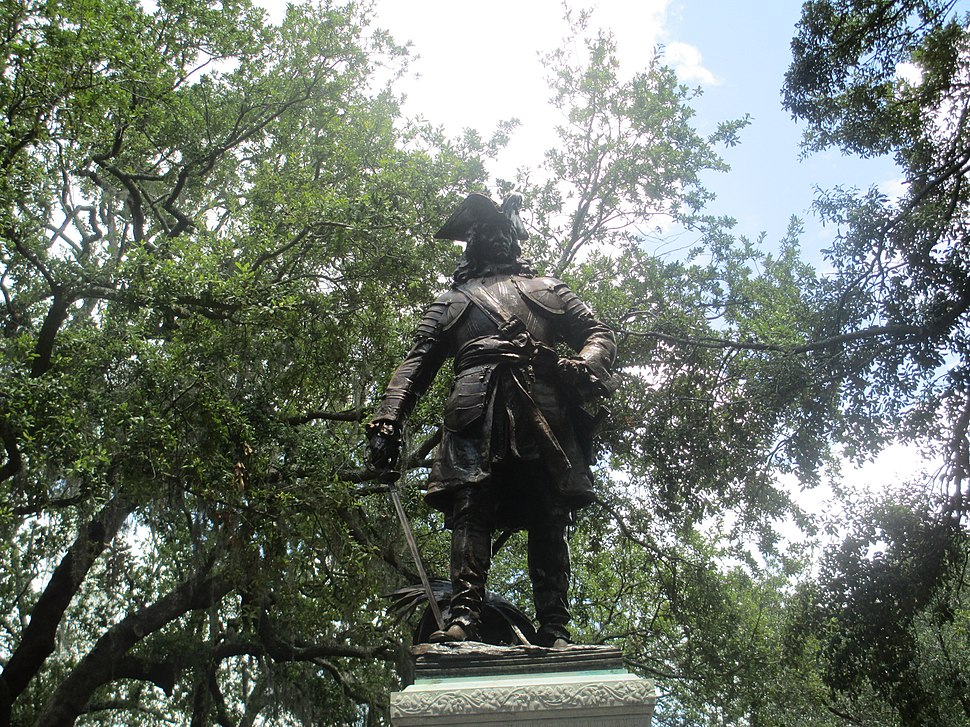 Oglethorpe statue in Savannah, GA IMG 4716