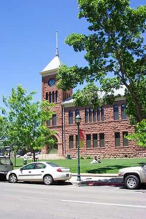 Flagstaff, Arizona - Old Coconino County Courthouse from Birch Avenue, June 2005