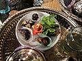 Pâtisseries et feuilles de menthe au Maroc.jpg