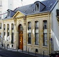 P1120033 Paris VI rue du Regard n°7 rwk.JPG