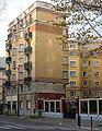 P1290663 Paris XIX rue Armand-Carrel rwk.jpg