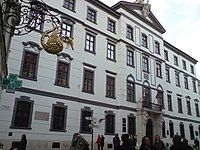 Palác Uhorskej kráľovskej komory.jpg